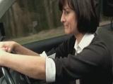 Mature maszti a kocsiban